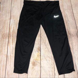 Dri-Fit Workout Capri Nike Pants